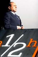 Berlusconi durante la trasmissione 1/2 ora di Lucia Annunziata