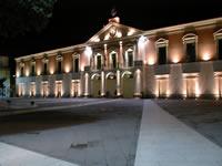 Piazza Umberto I: notturno