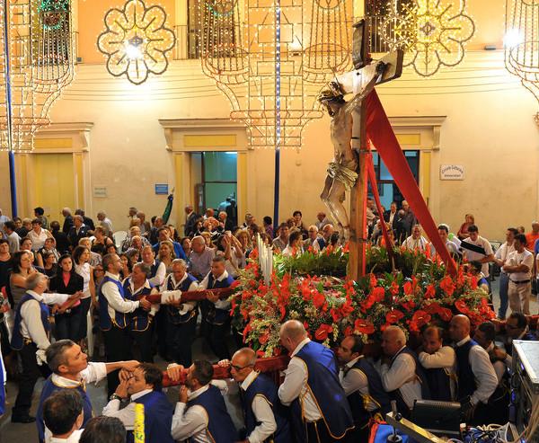 crocifisso_processione_2010_michelangelo_tartaglione_2